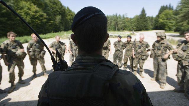 Quelques membres de l'armée suisse - [Martin Ruetschi - Keystone]