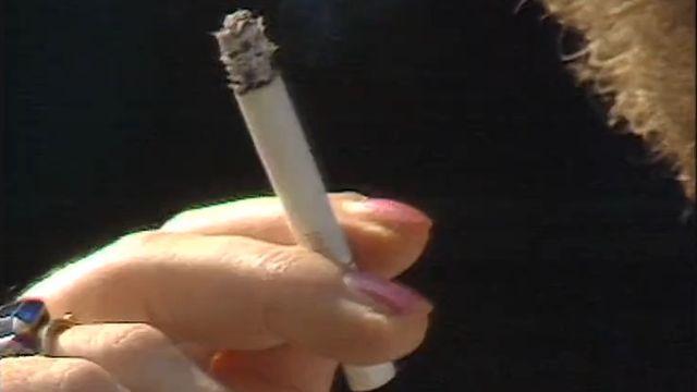 Fumer ou ne pas fumer: la cigarette tente-t-elle les jeunes? [RTS]