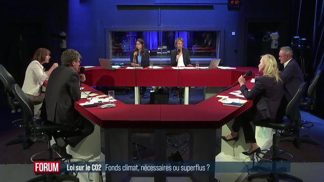 Le débat sur la loi CO2: le fonds climat [RTS]