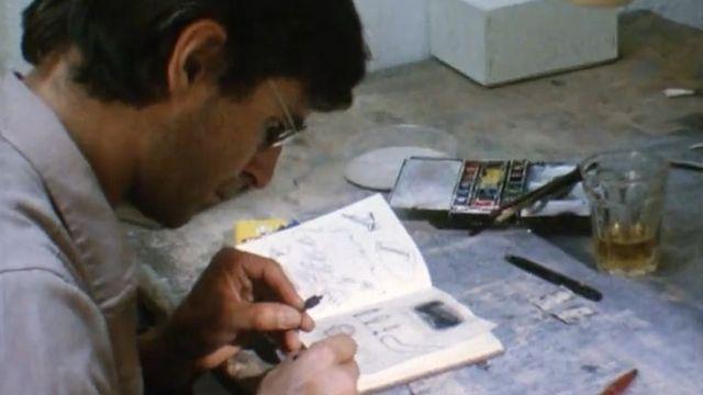 L'artiste bernois Markus Raetz au travail. [RTS]