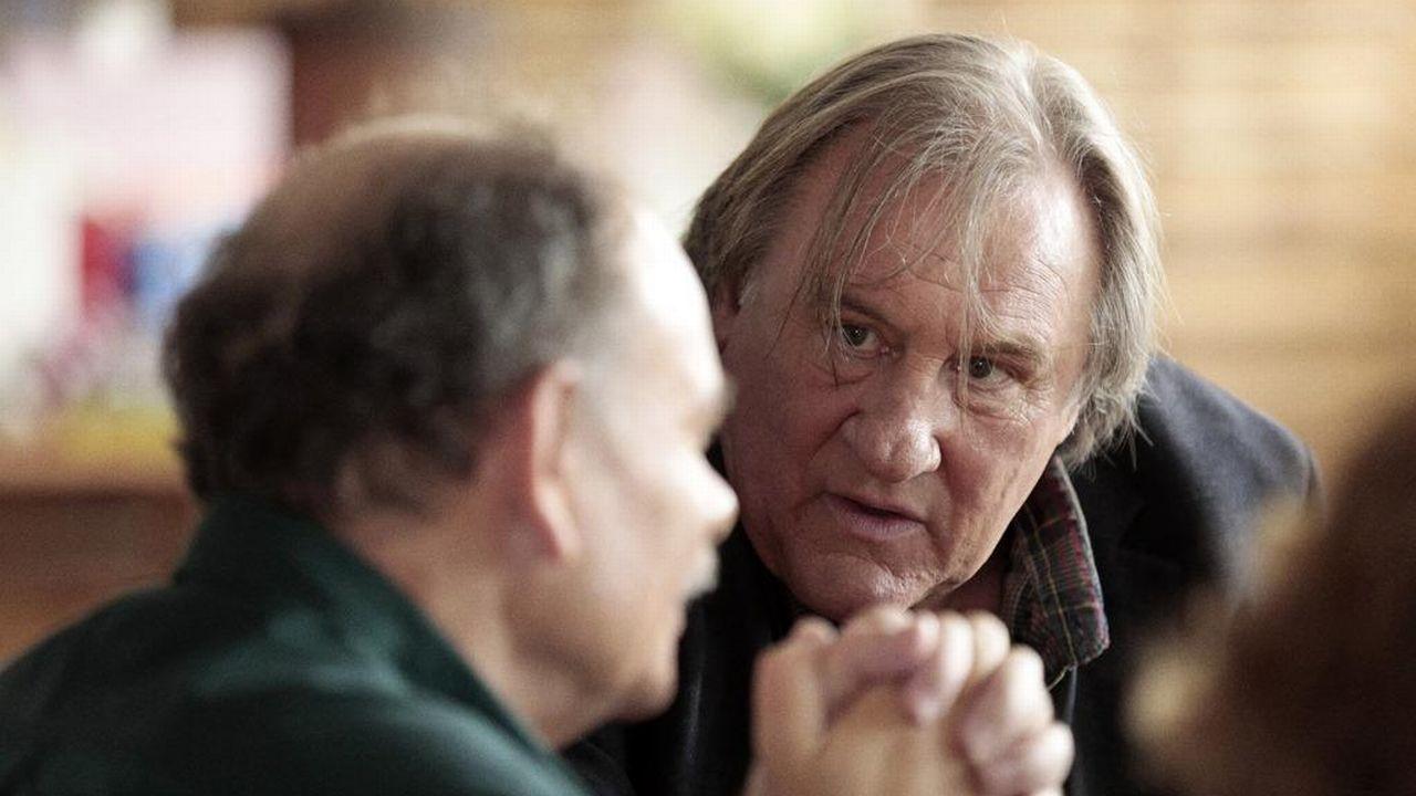 """Gérard Depardieux (à droite) et Jean-Pierre Darroussin dans le film """"Des hommes"""" de Lucas Delvaux. [David Koskas - Synecdoche - Artemis Productions ]"""