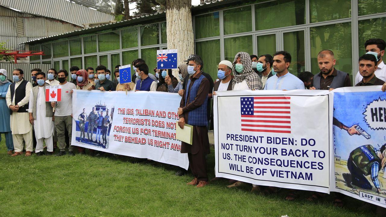 Des anciens interprètes afghans demandent de l'aide au gouvernement américain et à l'OTAN.  [Mariam Zuhaib - Keystone/AP Photo]