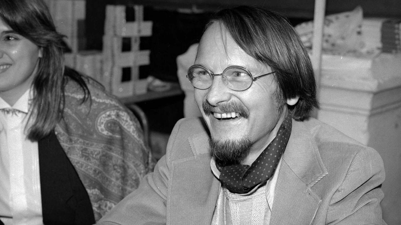 L'écrivain Michel Host en 1986 l'année où il a reçu le Prix Goncourt. [Roger-Viollet via AFP]