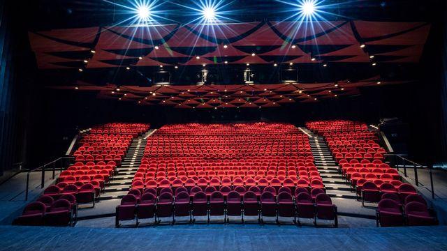 Après plus d'un an de travaux de rénovation, le Théâtre de Beausobre à Morges (VD) a dévoilé son nouveau décor résolument épuré.  [Sébastien Bovy - PhotoGraphisme - Théâtre de Beausobre/Facebook]