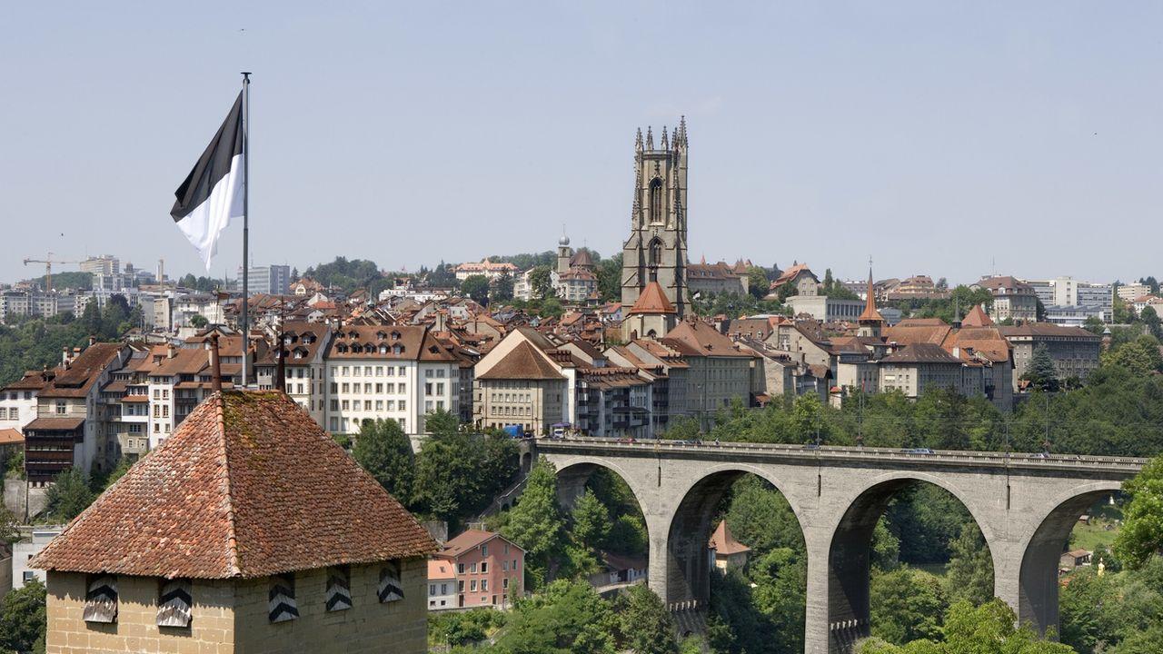 Une vue sur la ville de Fribourg. [Martin Ruetschi - Keystone]