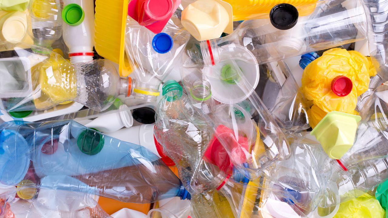 Pendant la pandémie, la planète a produit un peu moins de plastique [photkas - Depositphotos]