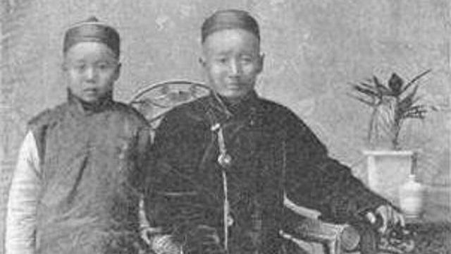 Juifs de Kaifeng, au début du XXe siècle. [Auteur inconnu - Jewish encyclopedia / Domaine public]