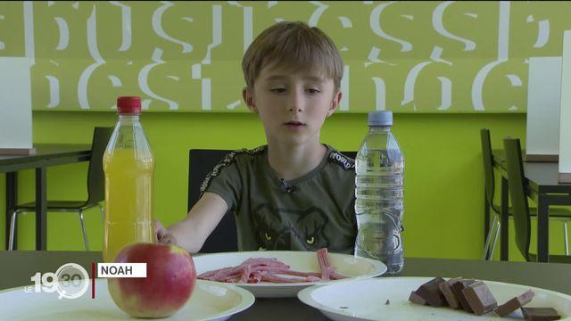 Une étude neuchâteloise montre que les enfants ne décèlent pas les nouvelles formes de publicité alimentaire sur Youtube. [RTS]
