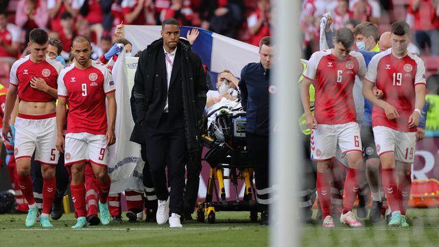 Christian Eriksen a été transporté dans un hôpital de Copenhague après l'intervention des médecins sur le terrain. [Friedemann Vogel - AFP]