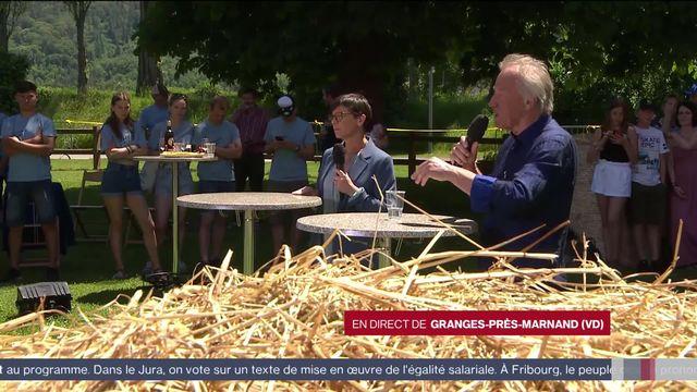 Alors que le non à l'initiative pour une Suisse sans pesticide se dessine, réactions d'Anne Challandes, présidente de l'Union suisse des paysannes et femmes rurales et de Fernand Cuche, agriculteur et ancien conseiller national Vert. [RTS]