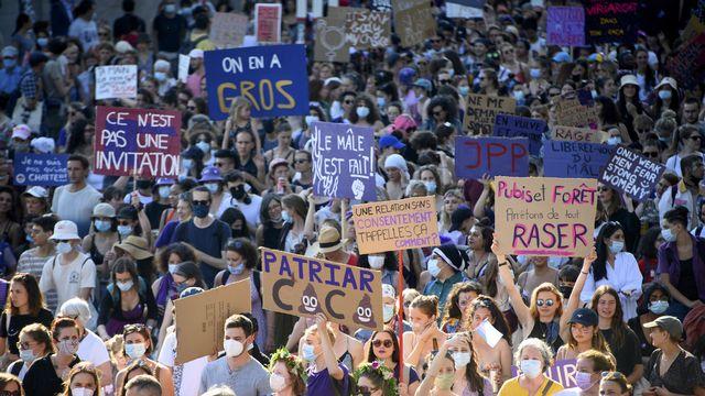 La grève féministe à Lausanne, 30 ans après la première grève des femmes en Suisse, le 14 juin 2021. [Laurent Gillieron - Keystone]