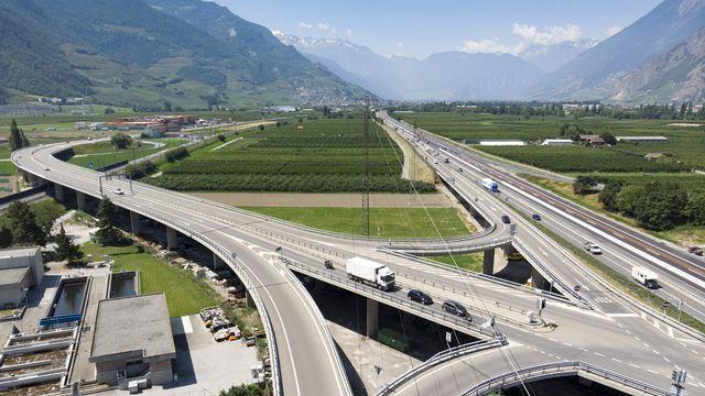L'autoroute A9 en Valais. [Laurent Gillieron - Keystone]