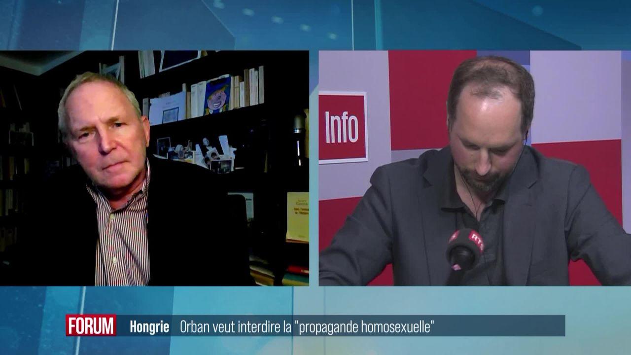 "La Hongrie veut interdire la ""propagande homosexuelle"": interview de Bernard Guetta et Florian Irminger [RTS]"