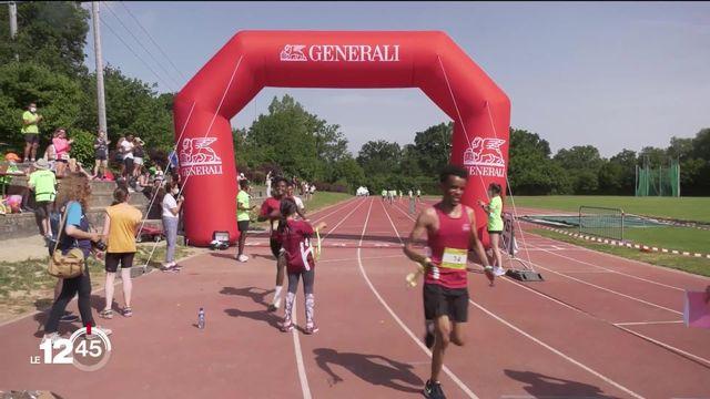 Des étudiant-e-s et des réfugié-e-s ont organisé la première édition de la Together Run, une course populaire pour l'intégration. [RTS]