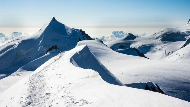 L'Allalinhorn, un sommet de 4000 mètres que Simone Weil a gravi pendant son séjour en Valais. [Birgit Faulhaber - AFP]