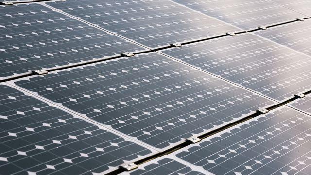 Des panneaux solaires (image d'illustration). [Christian Beutler - Keystone]