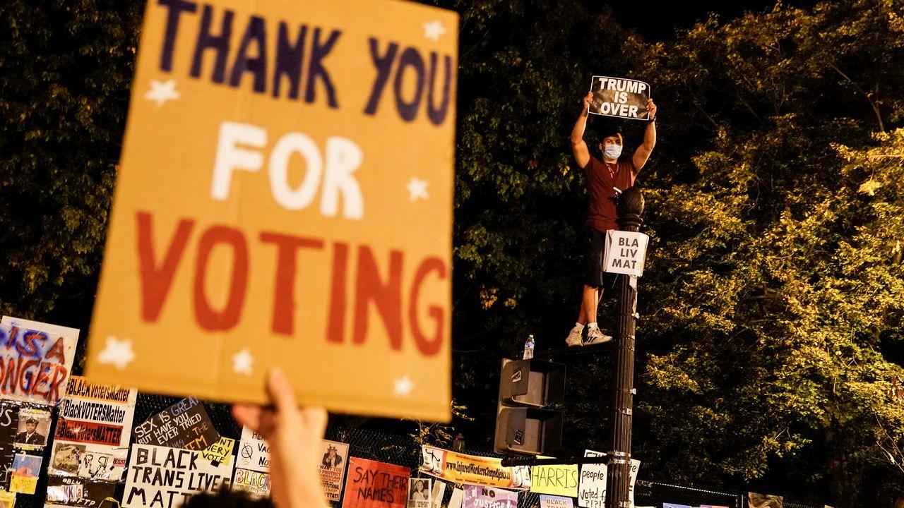 Les républicains ne veulent pas rendre le vote plus facile, notamment en facilitant l'inscription sur les listes électorales ou le vote par correspondance. [Joshua Roberts - Reuters]