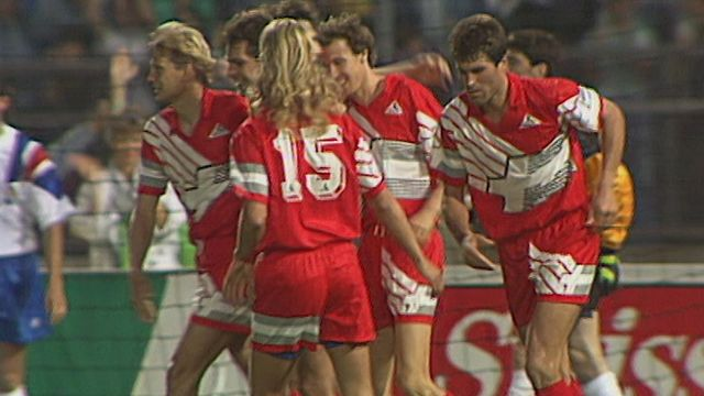 Suisse - France: match amical 1992 [RTS]