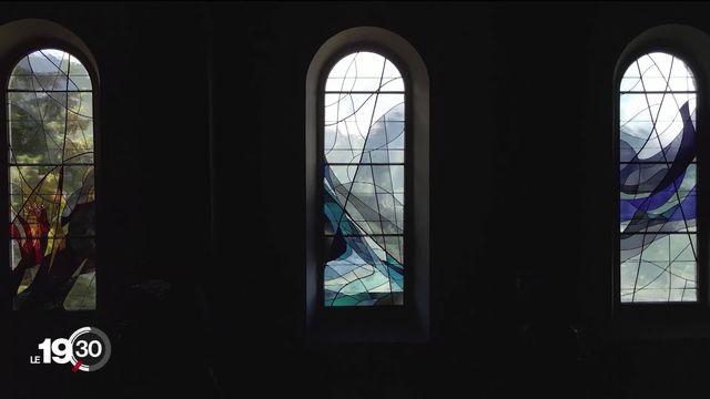 Nouveaux vitraux de l'église de Saint-Martin (VS), le dernier grand projet d'Isabelle Tabin-Darbellay et Michel Eltschinger. [RTS]