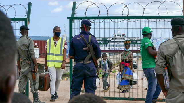 """Les djihadistes """"chassés"""" de la ville mozambicaine de Palma. [Miguel Fonseca - Keystone]"""