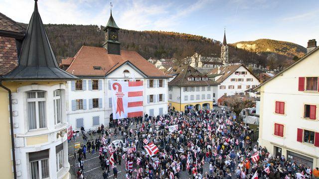 Le canton du Jura doit accueillir la ville de Moutier (BE) en 2024 déjà et ne pas attendre la date du 1er janvier 2026 avancée par le Gouvernement jurassien.  [JEAN-CHRISTOPHE BOTT - KEYSTONE]