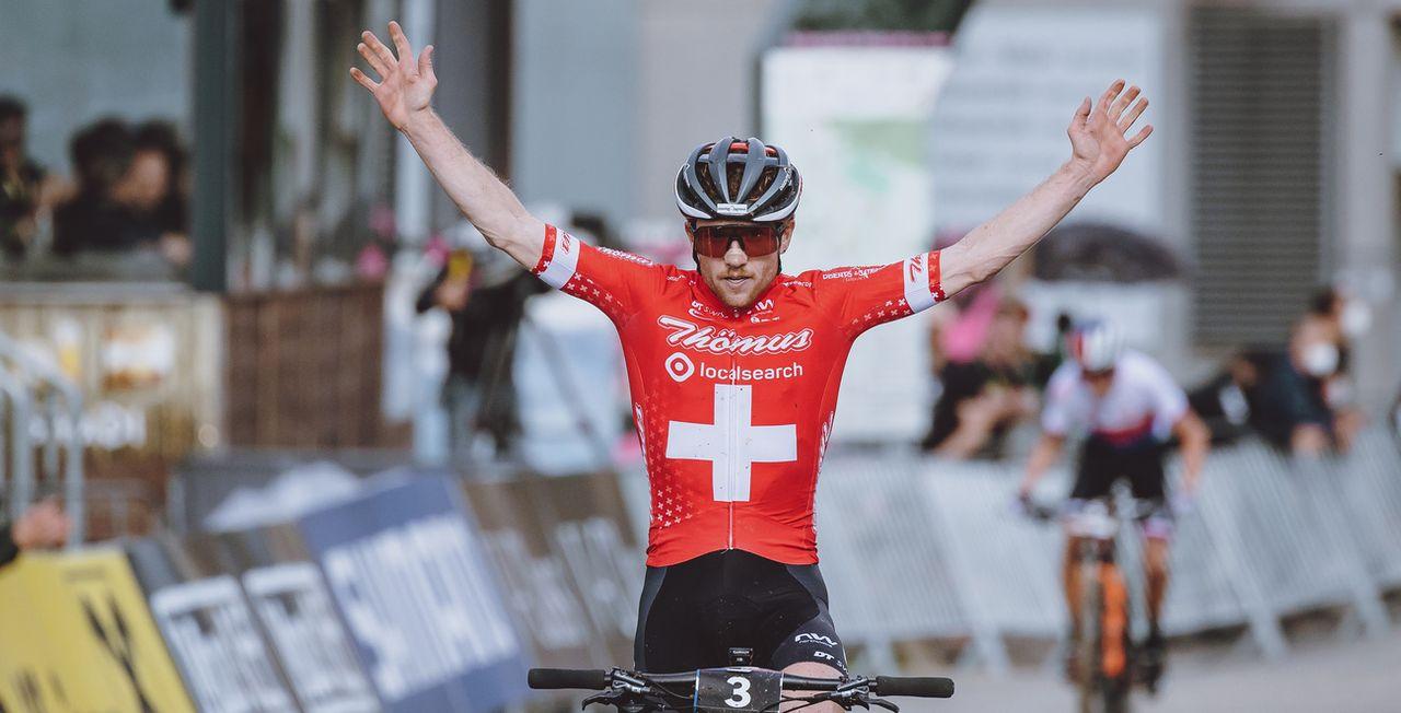 Mathias Flückiger remporte la 4e victoire de sa carrière, la 2e cette saison. [APA/EXPA/JFK - Keystone]