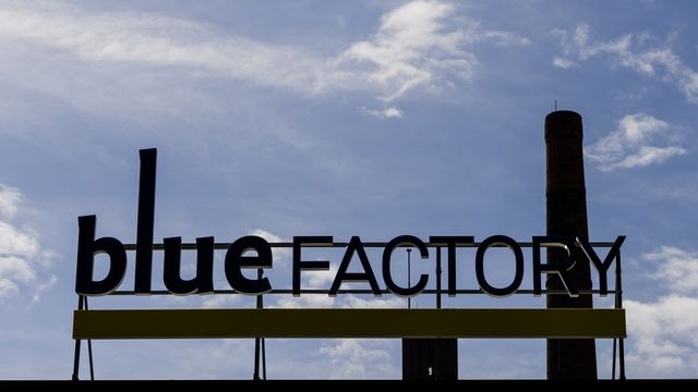 Un citoyen a déposé un recours contre l'aide de l'Etat de Fribourg au parc d'innovation Bluefactory. [Jean-Christophe Bott - Keystone]