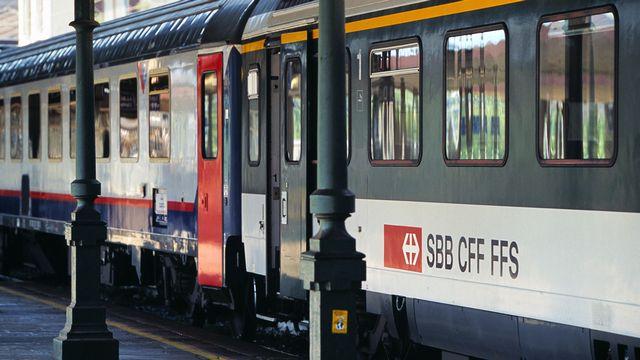 Un train en provenance de Suisse en gare de Domodossola (image d'illustration). [Martin Rütschi - Keystone]