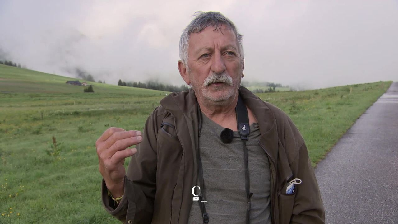 Entretien avec Fernand Pasquier, Ornithologue. [RTS]