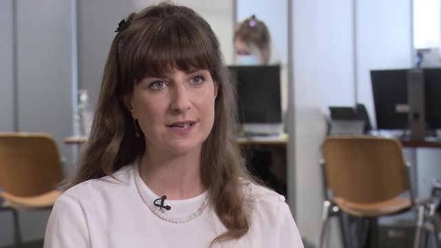 Rebecca Ruiz choquée que des soignants refusent de se faire vacciner [RTS]