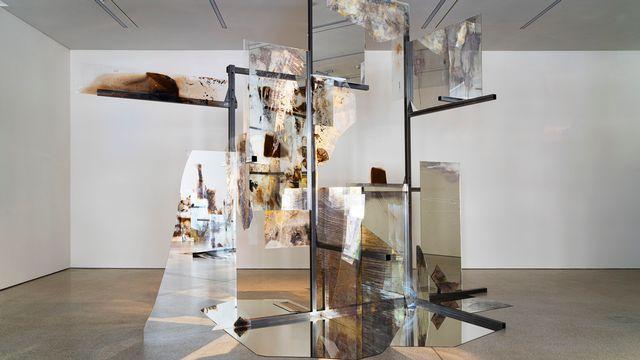 """Vue de l'exposition """"The Crystal Jaw"""" de Sandrine Pelletier au MCBA. [Sandrine Pelletier/© Musée cantonal des Beaux-Arts de Lausanne]"""