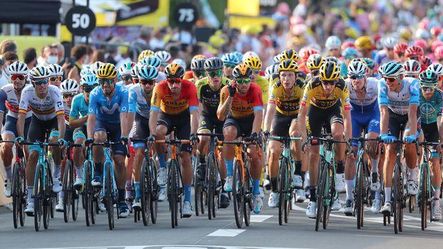 Les coureurs du Tour de France le 18 septembre 2020. [Thibault Camus - AFP]