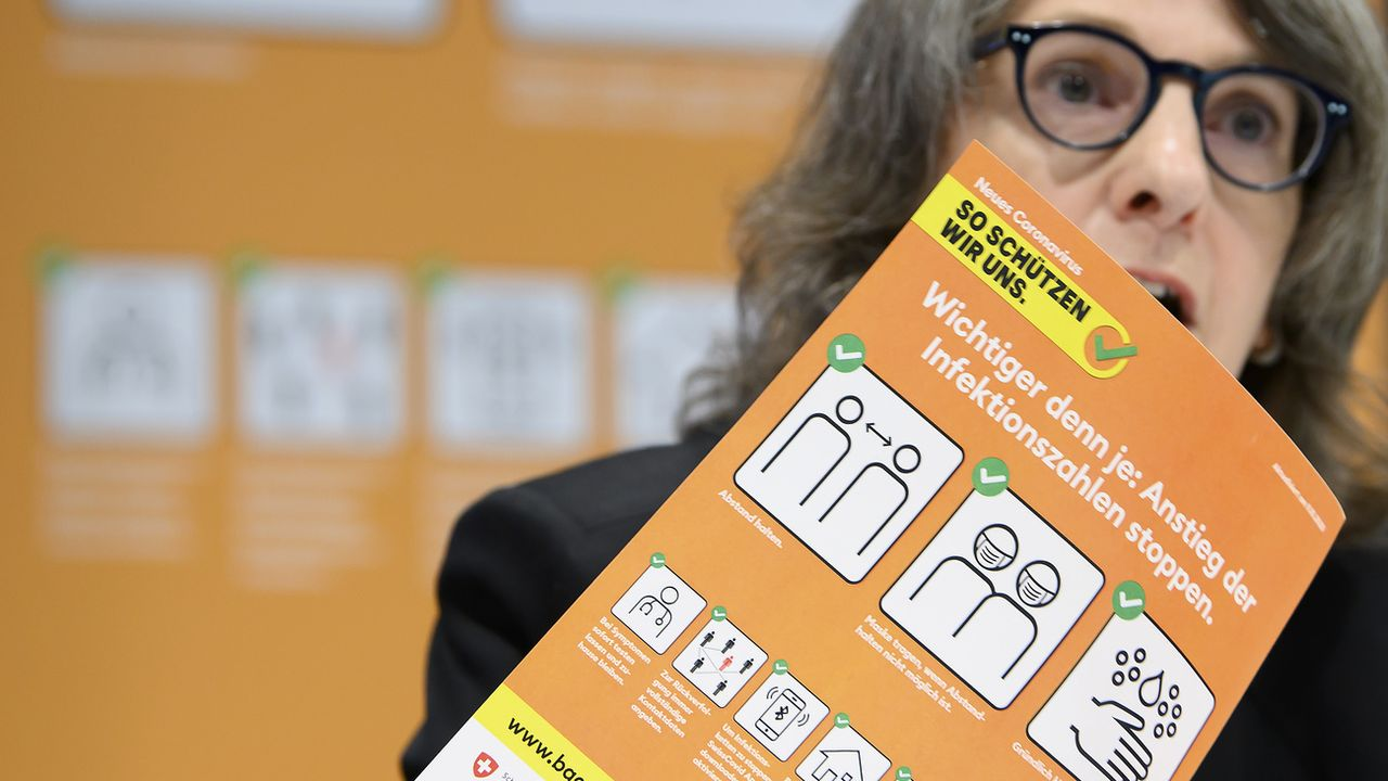 Vendredi 9 octobre: la nouvelle directrice de l'OFSP depuis le 1er octobre Anne Lévy présente la nouvelle campagne de prévention contre le coronavirus, alors que le nombre cas augmente en Suisse. [Anthony Anex - Keystone]