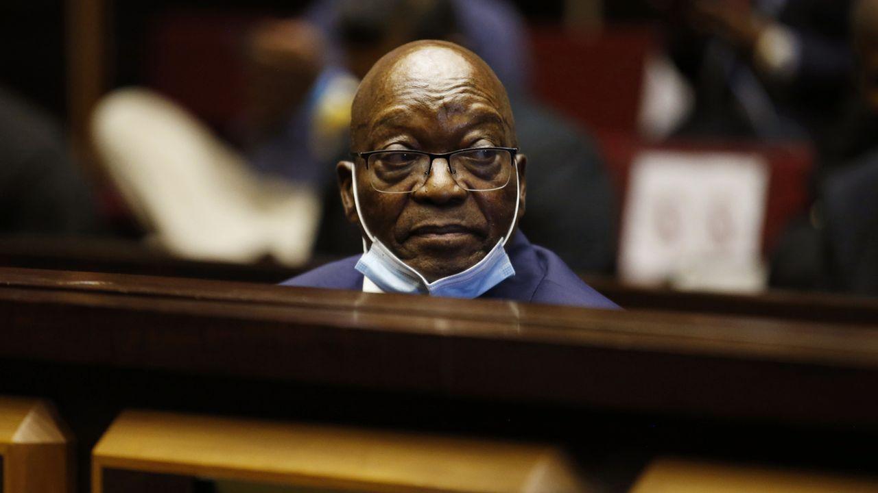 Jacob Zuma lors d'une audience le 29 juin 2021 devant la Haute cour de Pietermaritzburg. [Phill Magakoe - Pool/AP/Keystone]