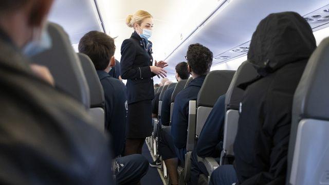 Explosion des cas de comportement violent lors de voyages aériens. [Laurent Gilliéron - Keystone]