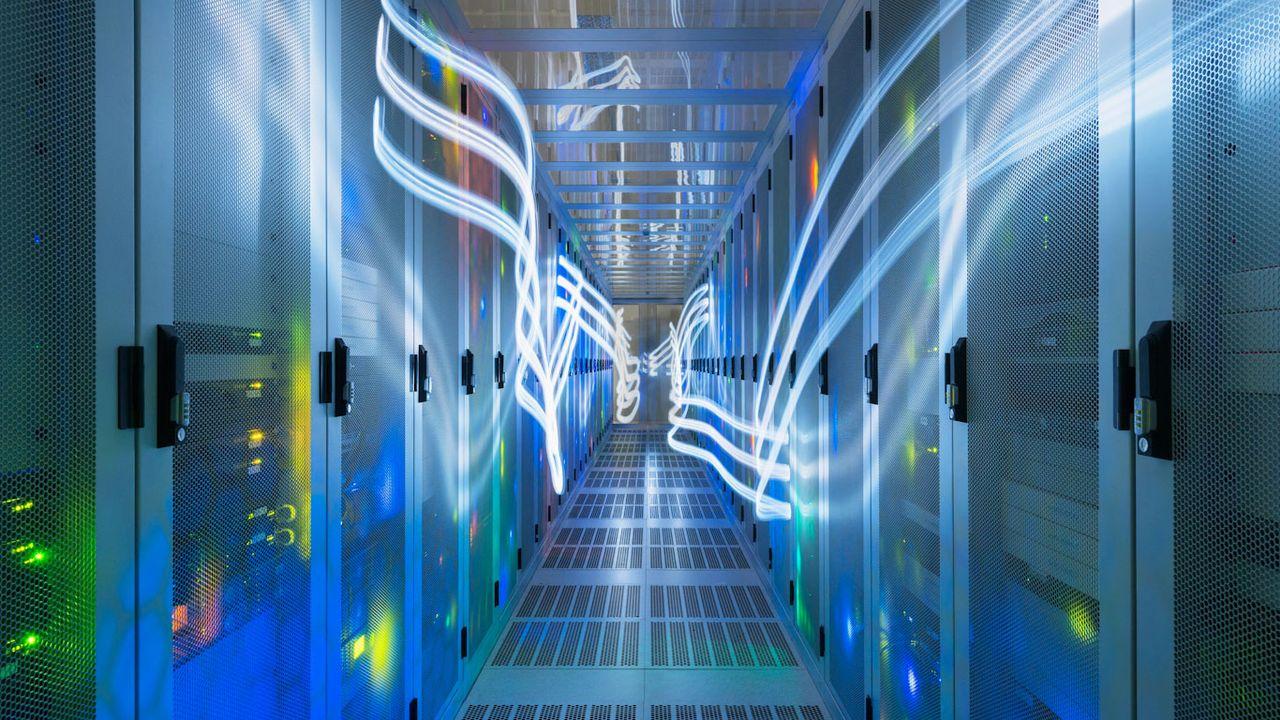 Les spécialistes de la protection des données militent pour un stockage en Suisse. [Mischa Keijser - Cultura Creative/AFP]