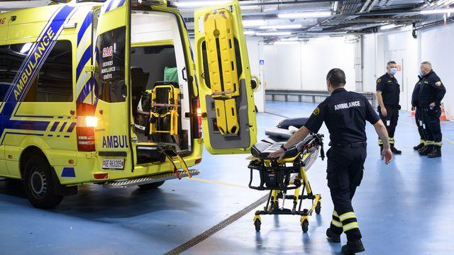 Le nombre d'hospitalisations dues au Covid-19 a doublé en une semaine en Suisse.  [LAURENT GILLIERON - KEYSTONE]