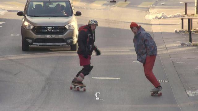 À 60 ans, les premiers skateurs fribourgeois roulent toujours [RTS]