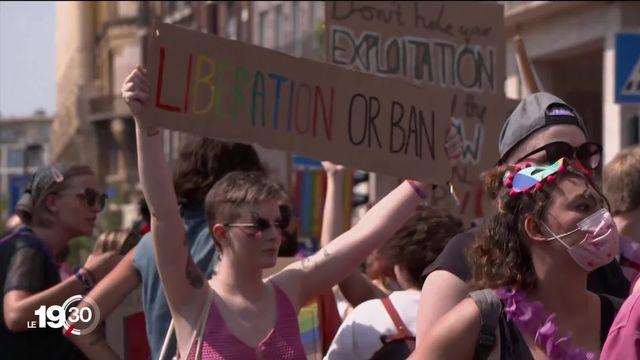En Hongrie, les défenseurs des droits des homosexuels ont défilé pour s'opposer aux lois discriminatoires du gouvernement Orbàn [RTS]