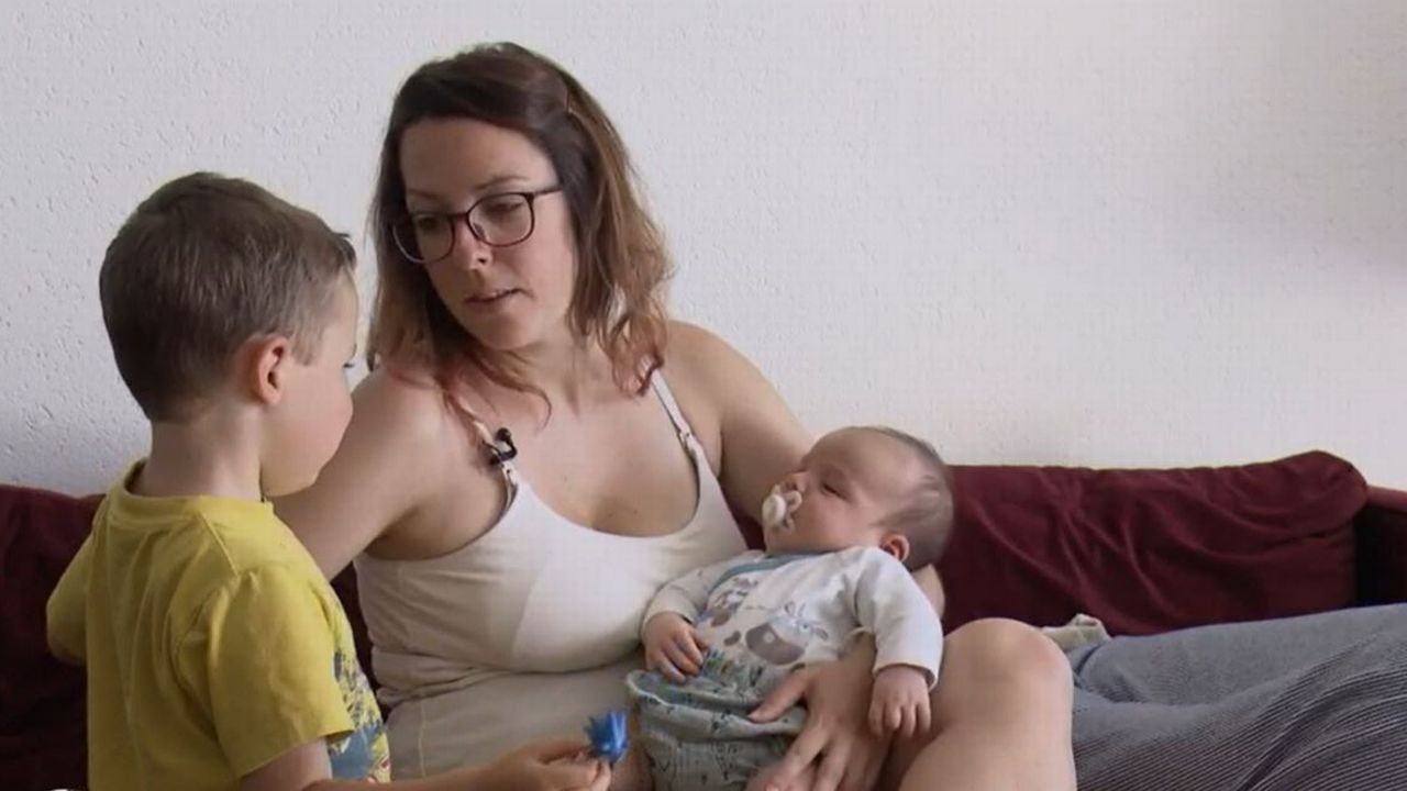 Les parents vaudois de nouveaux-nés désemparés face aux retards de l'Etat civil [RTS]