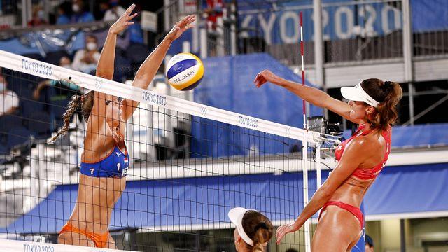 Joana Heidrich et Anouk Vergé-Dépré ont décroché leur 2e succès en 2 matches. [Imago]