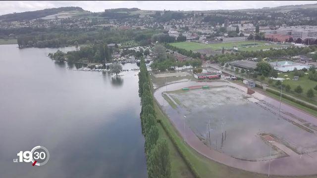 Lente décrue des Trois-Lacs, l'heure est au bilan des dégâts [RTS]