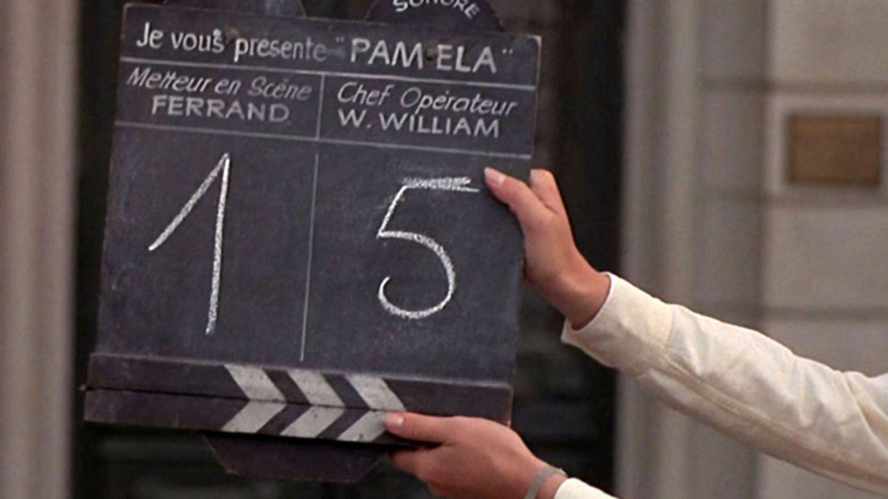 """Le clap de """"La Nuit américaine"""" de Truffaut qui raconte les coulisses d'un tournage de film. [LES FILMS DU CARROSSE -  COLLECTION CHRISTOPHEL VIA AFP]"""