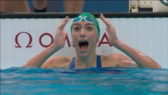Natation, finale 200m brasse dames: Tatjana Schoenmaker (RSA) s'impose et réalise le meilleur temps de l'histoire [RTS]