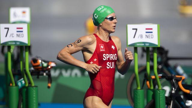 Le relai mixte suisse, emmené par Nicola Spirig, a terminé 7e du triathlon remporté par les Britanniques. [Peter Klaunzer - Keystone]