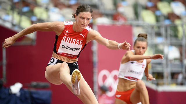 Lea Sprunger sera bien au rendez-vous des demi-finales du 400m haies aux JO de Tokyo. [Laurent Gillieron - Keystone]