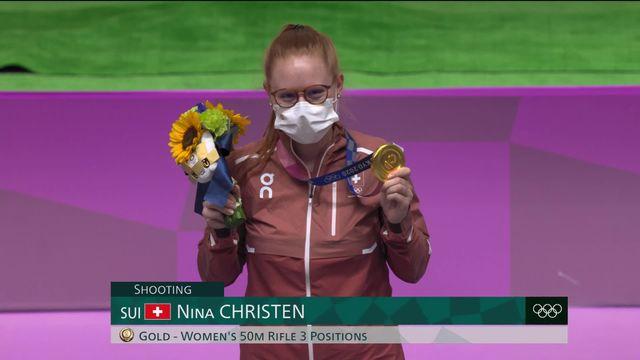 Nina Christen (SUI) reçoit sa médaille d'or! [RTS]