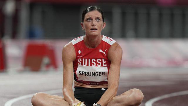 Lea Sprunger en larmes: elle ne disputera pas la finale du 400m haies. [AP Photo/Martin Meissner - Keystone]