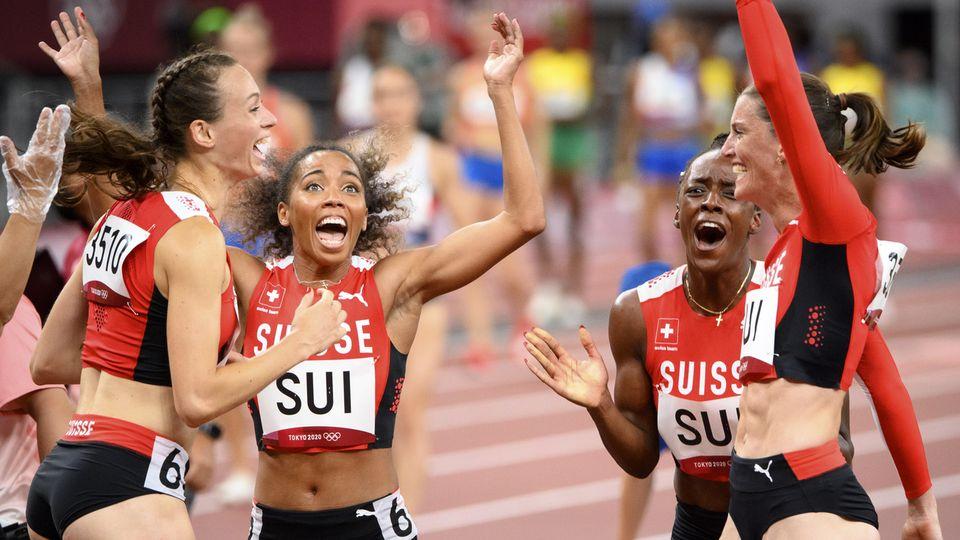 Les Suissesses du relais 4x400m ont battu le record national. [Laurent Gillieron - Keystone]