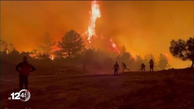 Incendies: pompiers turcs totalement débordés et citoyens grecs appelés à la vigilance [RTS]